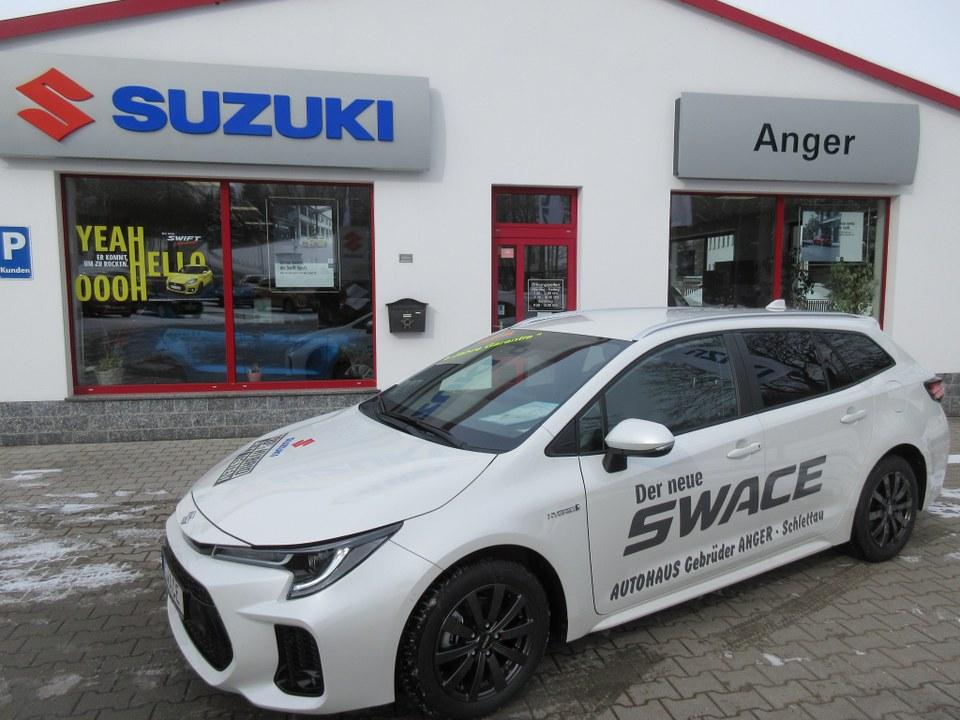 Suzuki Swace Hybrid als sportlicher Kombi.
