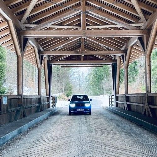 Holzbrücke vorne