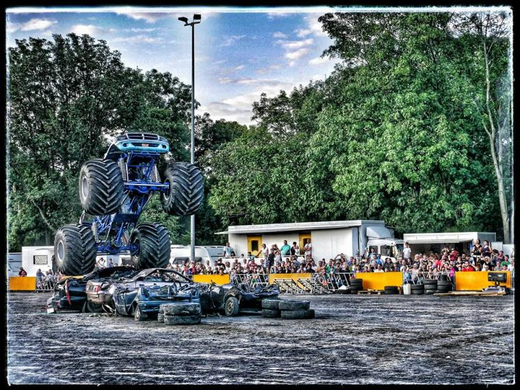 MONSTER SPECTACULAR im August 2016