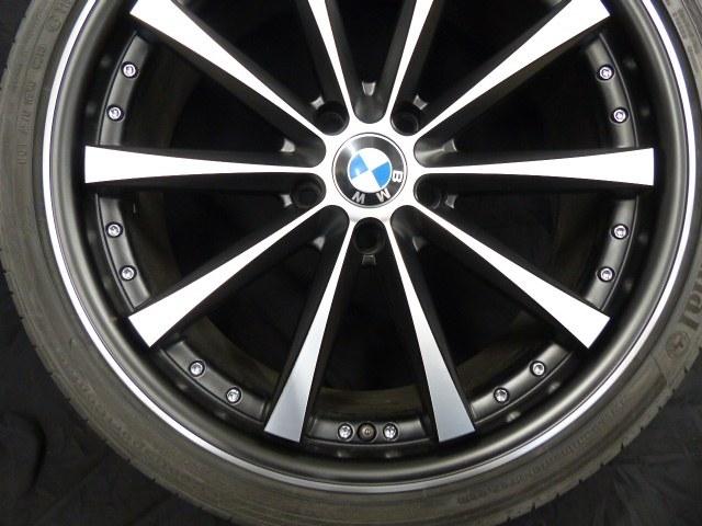 BMW Felge nach der Beseitigung der Bordsteinbeschädigungen