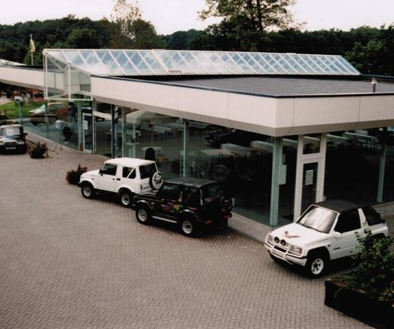1994: Bau der Ausstellungshalle